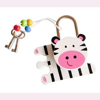 Hængelås i træ - zebra