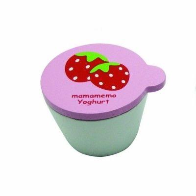 Legemad - Yoghurt i træ - jordbær - MaMaMeMo