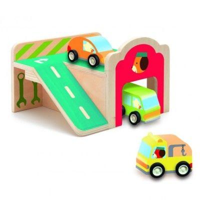 Garage i træ med tre biler - Djeco