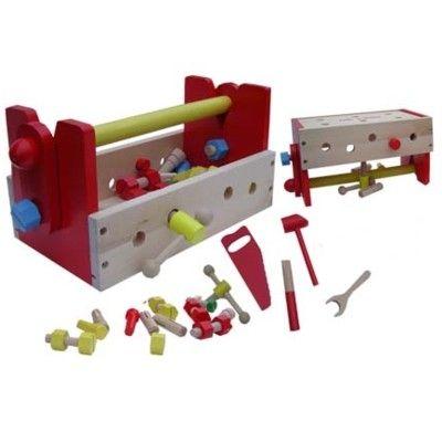 Værktøjskasse med skruer i træ